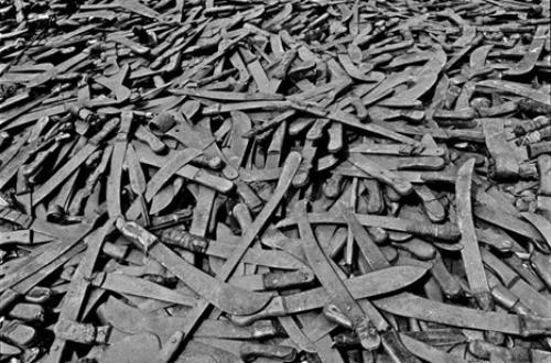 Article : Machettes, pluie et mystique du massacre